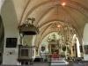 Predikstolen är från 1600-talet av Andreas Hyesing