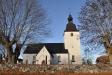 Kyrkan sedd från söder