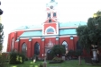 Kyrkan har många begravningsvapen som hänger på flera ställen.