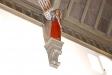 Kyrkans tak  med sina änglar som ger ett lätt och ljust intryck.