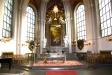 Altaret och altartavlans oljemålning av Louise Masreliez.