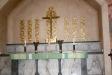 Wahlmans altare är utförd i grönådrig gropptorpsmarmor i två nyanser.