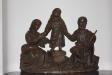 En träskulptur i  kolumbariet bär inristningen ´1571´.