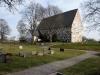 Kyrkan har fogstrukna fasader