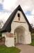 I öppningen överst kunde en lekmannapredikant eller munk stå och predika