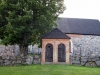 Klockstapeln ett stycke från själva kyrkan