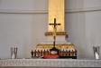 Tolv lärjungar i miniatyr på altaret