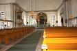 altartavlan och dopfunten.
