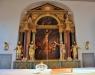 Altaret har nu flyttats fram på det moderna sättet