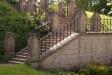 Den pampiga trappan upp till Boxholms kyrka.