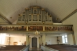 Orgel byggd av Pehr Schiörlin 1806. Läktarbröstets målningar är av Pehr Hörberg