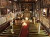 Översiktsbild från orgelläktaren på andra våningen där finns också stittbänkar på båda sidor.