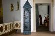 Sakramentsskåpet längst fram till höger i koret är från den katolska tiden.