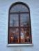 Moderniserade nya fönster med isolerglas och blyliknande fogar.