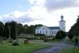 Hovmantorps kyrka 28 augusti 2014. Stor och vacker kyrkogård