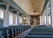 Ett inbjudande kyrkorum.