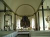 Altarskåpet från omkr. 1500 är en gåva från Skatelövs förs. 1737