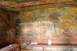 Målningar i vapenhuset
