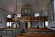 korfönstret och t.h. ett litet tabernakel