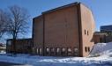En kyrka från 1980-talet. Uppförd för att ta sig an nutiden.