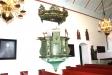Predikstolen skänktes 1740 av överste Caleb de Frumeries änka till minne av maken.