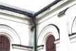Kyrkan har en del skador och behov av renovering.