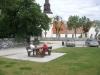 Fårö kyrka sett från parkeringen.