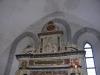 Överdelen av altaruppsatsen
