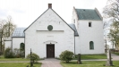 Kviinge kyrka i ett annat perspektiv.