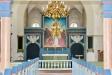 Kyrksalen mot altaret.