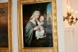 Kapellet har flera vackra målningar.