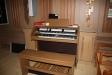 Orgeln vid sidoaltaret.
