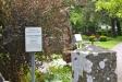 Ingången till kyrkogården.