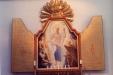 Medeltida influenser har detta moderna altarskåp.