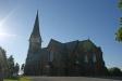 Högsäter kyrka i sommarvärme