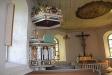 Predikstolen är från 1600-talet.