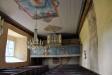 Senmedeltida altarskåp som byggts om och kompletterats 1714