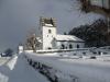 Grinneröd kyrka i vintersol