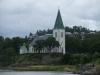 Ljungs kyrka från sjösidan