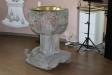 altartavlan och altaruppsatsen.