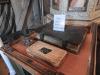 Resealtare och Karl XII-bibel.