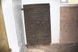 Kyrkans gamla dörr har bevarats.