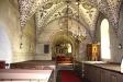 Predikstolen är ett enkelt arbete från 1700-talet.