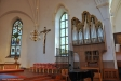 Kororgel med 13 stämmor och cymbelstjärna är byggd av Grönlunds Orgelbyggeri i Gammelstad