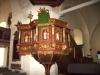 Nuvarande predikstol av renässanstyp är tillverkad 1636.