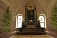 Målningarna i altaruppsatsen är från 1700-talet