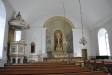 Altartavlan är från 1806