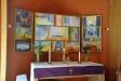 Altartavlan består av en serie akvareller