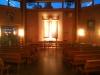 Åttkantigt luftigt kyrkorum.