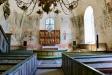 Kyrkorummet mot altaret.